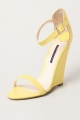 Clothes/footwear details Tony Bianco Brydie Lemon Patent - Women Sandals (Sandals)