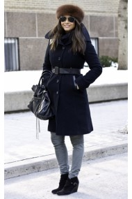 Black winter coat look