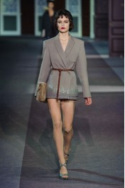 Louis Vuitton Fall 2013 - Catwalk