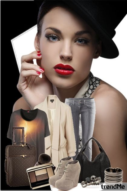 Travel in style- Fashion set