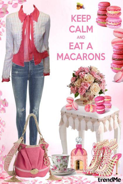 mmm, macarons! :)