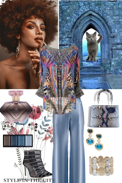 How to wear a printed tunic
