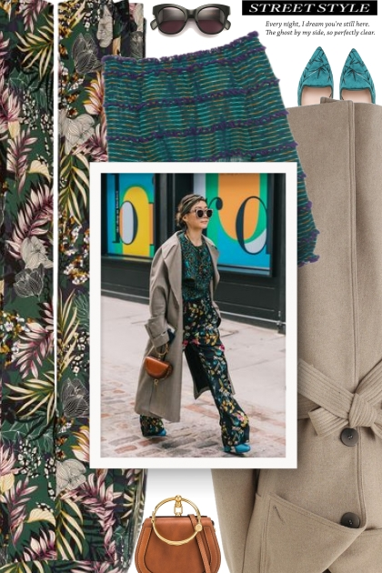 Printed Pleated Trousers