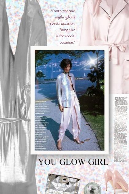 You Glow Girl- Fashion set