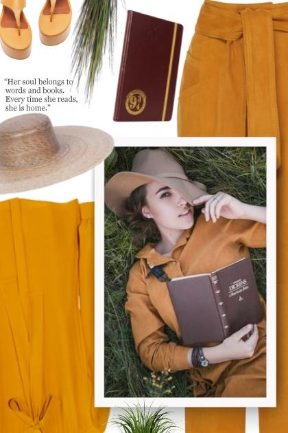 neutral straw hat