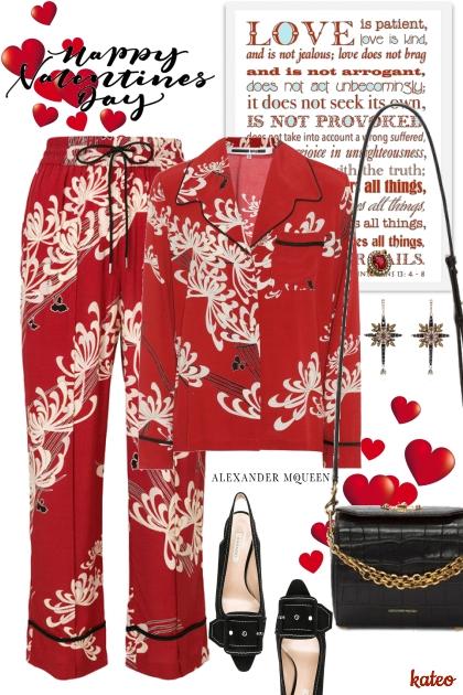 Casually McQueen - Fashion set