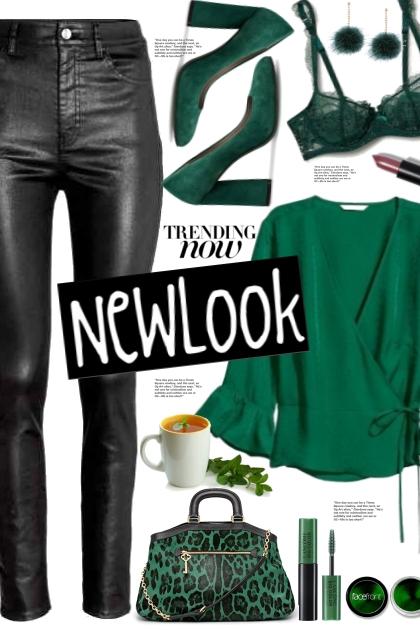 Green Bell Sleeve Blouse!- コーディネート
