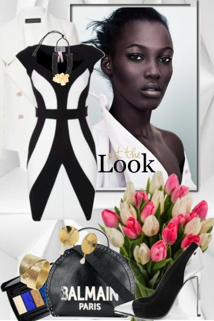 Sort/hvit kjole