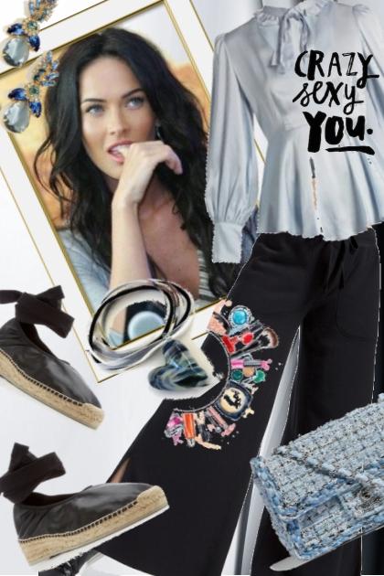 Blå bluse - Combinazione di moda