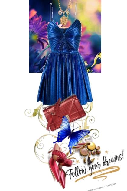 Blå kjole 16-9