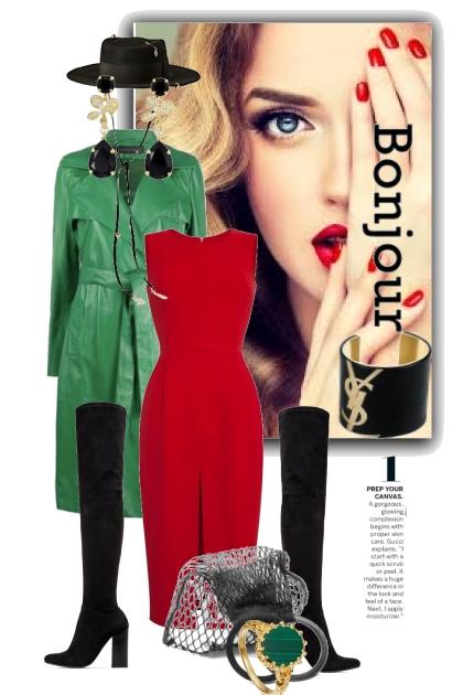 Rød kjole og grønn frakk