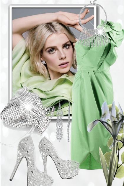 Lys grønn kjole