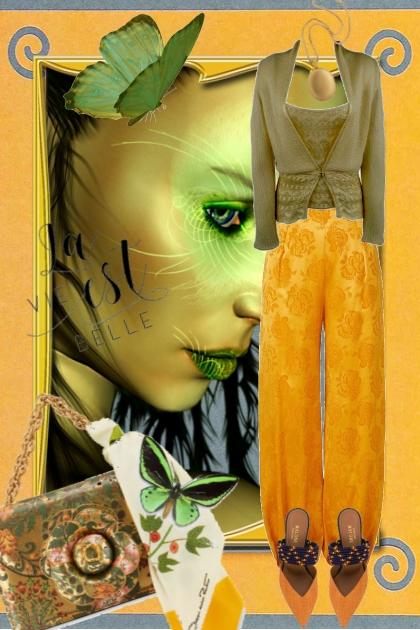 Gul bukse og grønn topp
