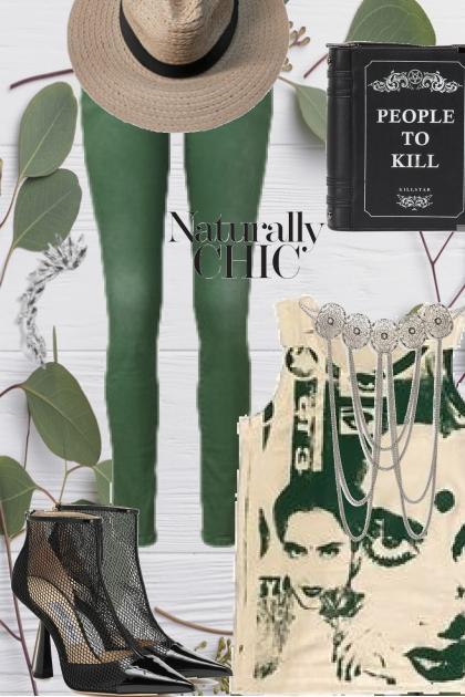 Grønn bukse og mønstret topp