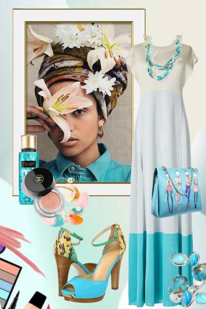 Hvit/turkis kjole