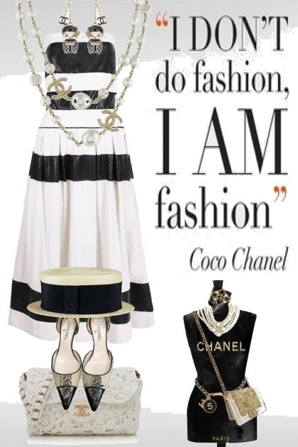 Chanel dress - Fashion set