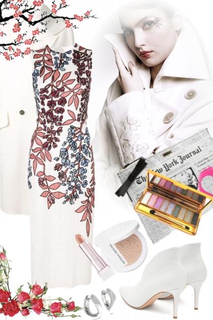 Hvit kjole med blomster og hvit kåpe
