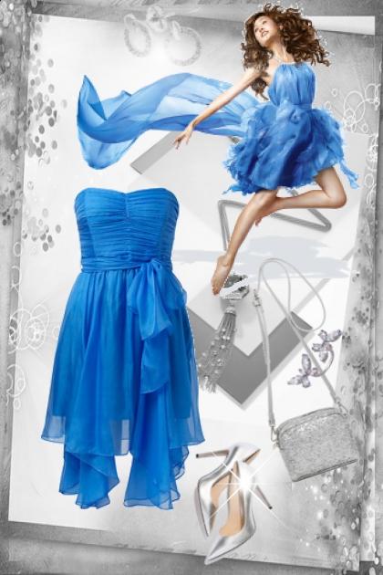 Blå kjole med sølv tilbehør