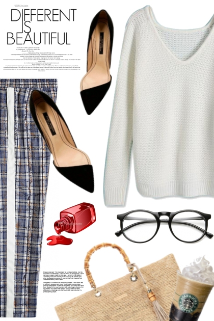 Pleated pants/ White sweater- 搭配