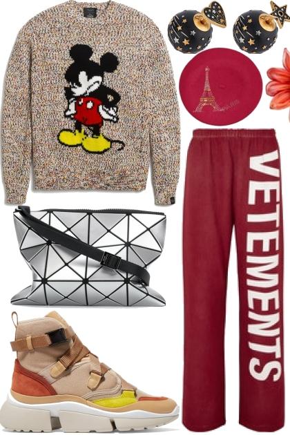 Q Paris Disneyland