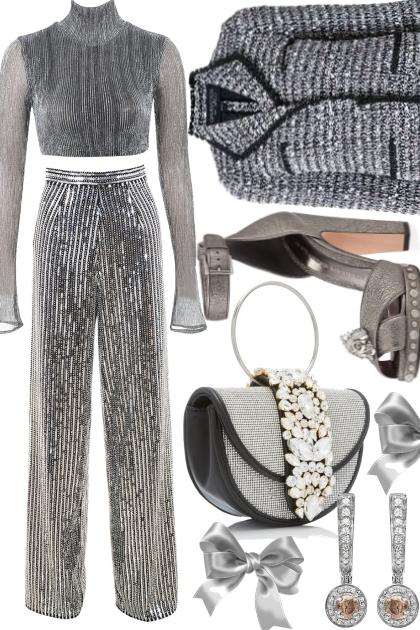 Q Grey