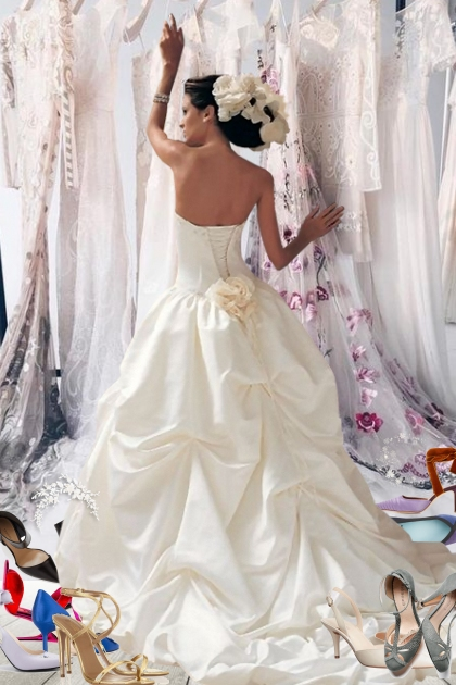 Choosing The Perfect Wedding Dress!