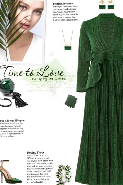 How to wear a Glitter Wrap Midi Dress!