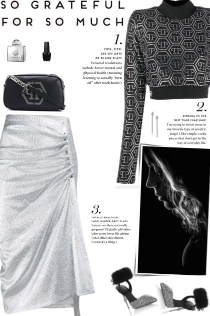 How to wear a Logo Print Sequin Crop Top!