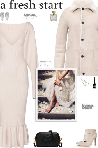 How to wear a Merino Wool V-Neck Midi Dress!