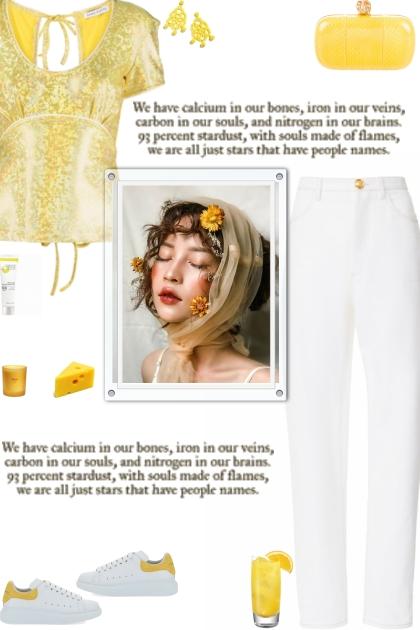 How to wear a Metallic U-Neck Short Sleeve Top!