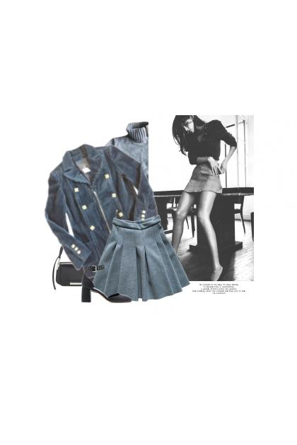 La Mini Jupe / The Mini Skirt