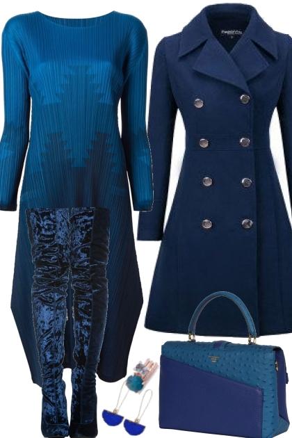 LONG SLEEVED BLUE DRESS