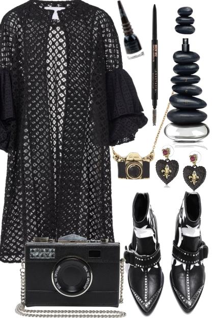 SNAPPY BLACK