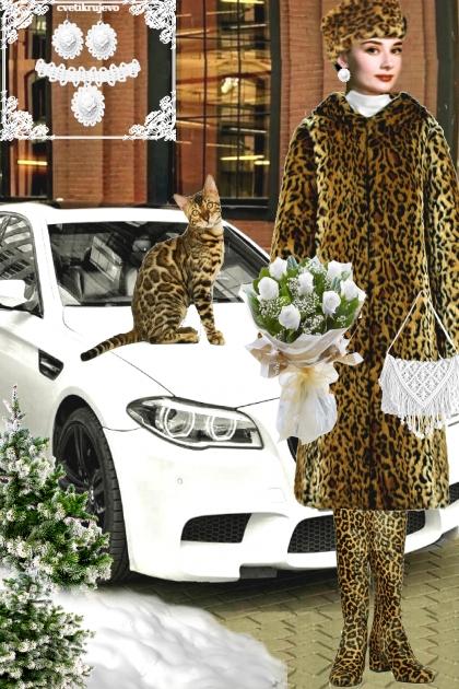 Набор. Камея. Белый. Леопард. Пейзаж. 3- Fashion set