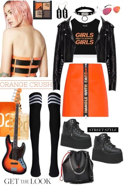 Joan Queens black&orange mood