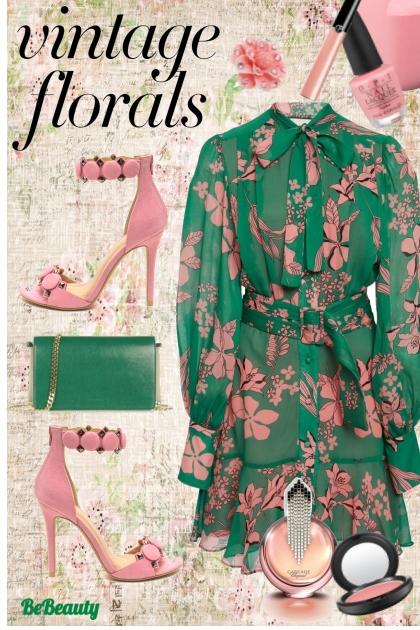 nr 153 - Vintage Florals