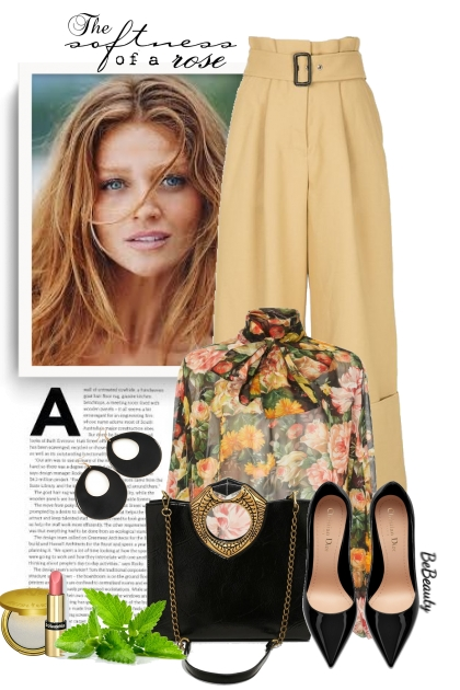 nr 2773 - Floral blouse