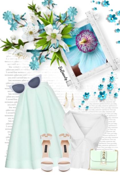 nr 2802 - White & blue
