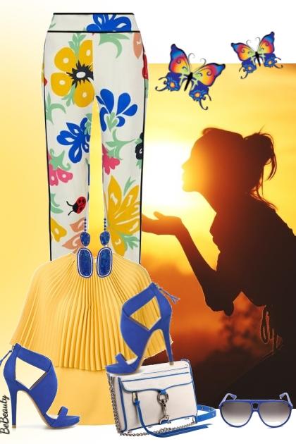 nr 2947 - Floral pants