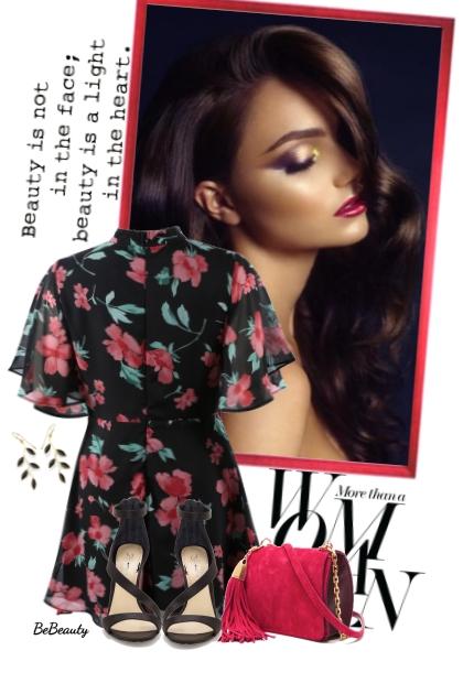 nr 3061 - Floral dress