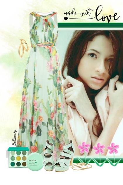 nr 3337 - Floral maxi dress