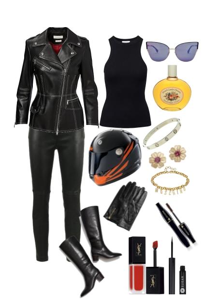 Biking (Motor) - Combinaciónde moda
