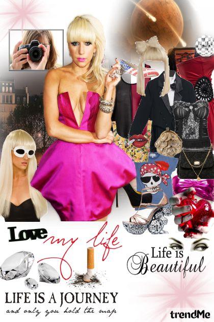 Lady Gaga fame and paparazzi!