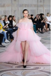 GIAMBATTISTA VALLI 2017, - Catwalk