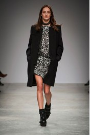 Isabel Marant Fall 2013 - Catwalk