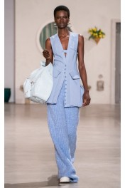 Jacquemus Le Iba Leather Shoulder Bag - Catwalk