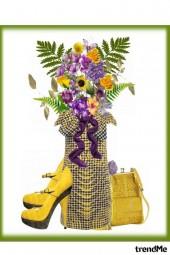 Cvjetna (vase or dress?)