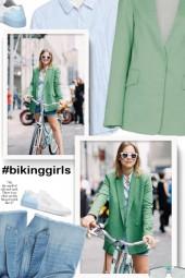 #bikinggirls