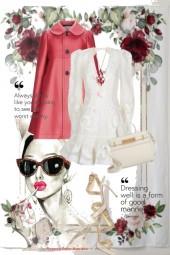 Hvit kjole og kåpe