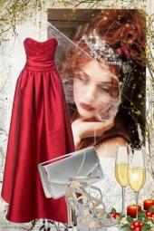 Rød sid kjole med sølv tilbehør
